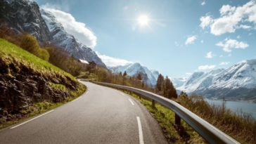 4 Safety Tips Before Driving in the Mountains